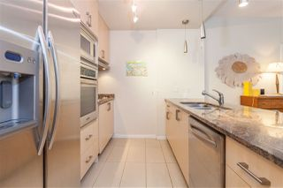 "Photo 7: 504 1211 MELVILLE Street in Vancouver: Coal Harbour Condo for sale in ""THE RITZ"" (Vancouver West)  : MLS®# R2143685"
