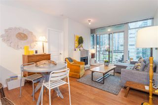 "Photo 5: 504 1211 MELVILLE Street in Vancouver: Coal Harbour Condo for sale in ""THE RITZ"" (Vancouver West)  : MLS®# R2143685"