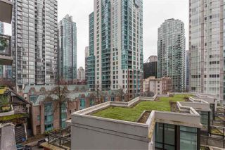 "Photo 16: 504 1211 MELVILLE Street in Vancouver: Coal Harbour Condo for sale in ""THE RITZ"" (Vancouver West)  : MLS®# R2143685"