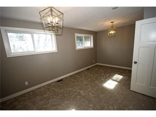 Photo 10: 20 ALCOCK Street: Okotoks House for sale : MLS®# C4104767