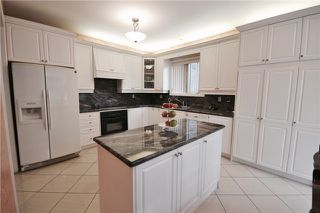 Photo 8: Thornhill Woods Dr in Vaughan: Patterson House (2-Storey) for sale