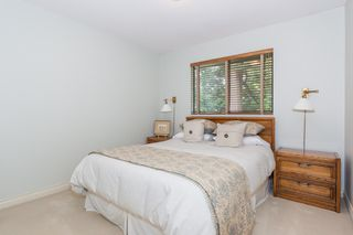 Photo 16: 12710 19 Avenue in Surrey: Crescent Bch Ocean Pk. House for sale (South Surrey White Rock)  : MLS®# R2159678