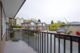 "Photo 2: 7 22488 116 Avenue in Maple Ridge: East Central Townhouse for sale in ""Richmond Hill Estates"" : MLS®# R2163876"