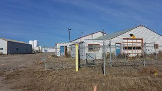 Photo 17: 401-403 Devonian Street in Estevan: Industrial/Commercial for sale
