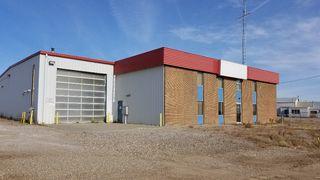 Photo 2: 401-403 Devonian Street in Estevan: Industrial/Commercial for sale