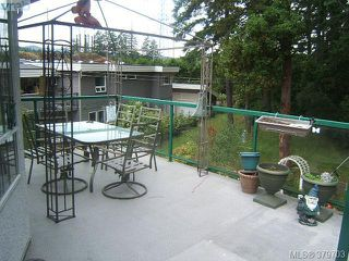 Photo 2: 2304 Evelyn Hts in VICTORIA: VR Hospital Single Family Detached for sale (View Royal)  : MLS®# 762693