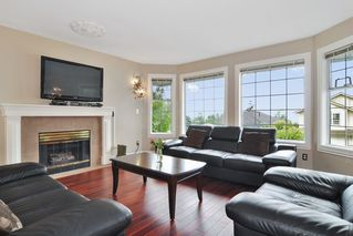 Photo 2: 1465 BLACKWATER Place in Coquitlam: Westwood Plateau House for sale : MLS®# R2188109