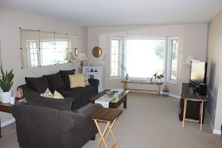 Photo 3: 33010 MALAHAT Place in Abbotsford: Central Abbotsford House for sale : MLS®# R2203752