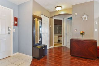 """Photo 8: 307 20120 56 Avenue in Langley: Langley City Condo for sale in """"Blackberry Lane"""" : MLS®# R2211534"""