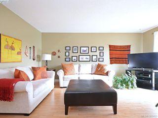 Photo 3: 102 940 Inverness Rd in VICTORIA: SE Quadra Condo for sale (Saanich East)  : MLS®# 774549