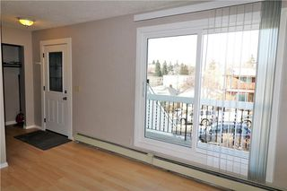 Photo 5: 3 3820 PARKHILL Place SW in Calgary: Parkhill House for sale : MLS®# C4145732