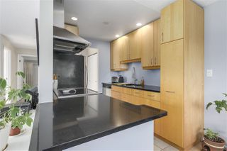 """Photo 9: 304 642 E 7TH Avenue in Vancouver: Mount Pleasant VE Condo for sale in """"IVAN MANOR"""" (Vancouver East)  : MLS®# R2245120"""