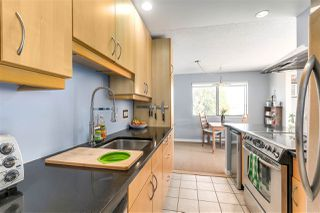 """Photo 11: 304 642 E 7TH Avenue in Vancouver: Mount Pleasant VE Condo for sale in """"IVAN MANOR"""" (Vancouver East)  : MLS®# R2245120"""
