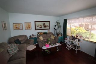 Photo 2: 2662 CENTENNIAL Street in Abbotsford: Abbotsford West House for sale : MLS®# R2254420