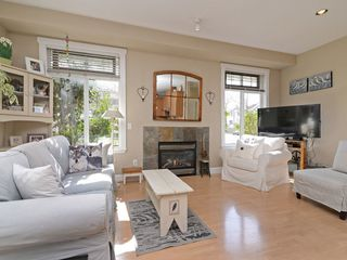 Photo 4: 5551 ANDREWS Road in Richmond: Steveston South House for sale : MLS®# R2261558