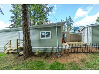 """Photo 17: 14 24330 FRASER Highway in Langley: Otter District Manufactured Home for sale in """"LANGLEY GROVE ESTATES"""" : MLS®# R2263420"""