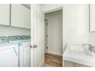 """Photo 15: 14 24330 FRASER Highway in Langley: Otter District Manufactured Home for sale in """"LANGLEY GROVE ESTATES"""" : MLS®# R2263420"""