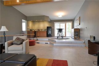 Photo 8: 15 Paradise Bay in Winnipeg: Charleswood Residential for sale (1F)  : MLS®# 1810483