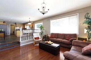 Photo 3: 1311 HONEYSUCKLE Lane in Coquitlam: Summitt View House for sale : MLS®# R2269032