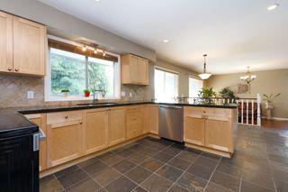 Photo 6: 1311 HONEYSUCKLE Lane in Coquitlam: Summitt View House for sale : MLS®# R2269032