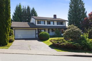 Photo 1: 1311 HONEYSUCKLE Lane in Coquitlam: Summitt View House for sale : MLS®# R2269032