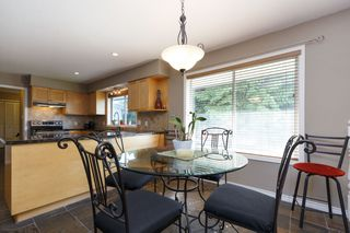 Photo 4: 1311 HONEYSUCKLE Lane in Coquitlam: Summitt View House for sale : MLS®# R2269032