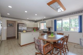 "Photo 7: 5500 WALLACE Avenue in Delta: Pebble Hill House for sale in ""Pebble Hill"" (Tsawwassen)  : MLS®# R2283000"