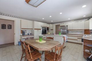 "Photo 8: 5500 WALLACE Avenue in Delta: Pebble Hill House for sale in ""Pebble Hill"" (Tsawwassen)  : MLS®# R2283000"