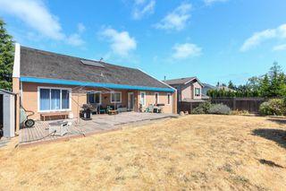 "Photo 19: 5500 WALLACE Avenue in Delta: Pebble Hill House for sale in ""Pebble Hill"" (Tsawwassen)  : MLS®# R2283000"