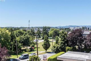 Photo 16: 405 976 Inverness Road in VICTORIA: SE Quadra Condo Apartment for sale (Saanich East)  : MLS®# 395542