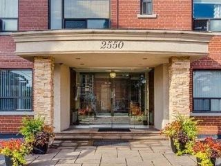 Photo 2: 214 2550 Bathurst Street in Toronto: Forest Hill North Condo for lease (Toronto C04)  : MLS®# C4230239