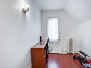 Photo 15: 338 Coxwell Avenue in Toronto: Greenwood-Coxwell House (2 1/2 Storey) for sale (Toronto E01)  : MLS®# E4260071