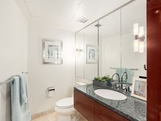 """Photo 8: 3106 938 NELSON Street in Vancouver: Downtown VW Condo for sale in """"ONE WALL CENTRE"""" (Vancouver West)  : MLS®# R2313633"""