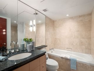 """Photo 13: 3106 938 NELSON Street in Vancouver: Downtown VW Condo for sale in """"ONE WALL CENTRE"""" (Vancouver West)  : MLS®# R2313633"""