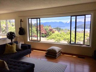 Photo 5: 611 N FLETCHER Road in Gibsons: Gibsons & Area House for sale (Sunshine Coast)  : MLS®# R2329787
