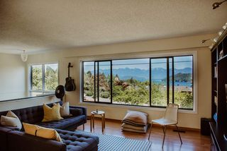 Photo 4: 611 N FLETCHER Road in Gibsons: Gibsons & Area House for sale (Sunshine Coast)  : MLS®# R2329787