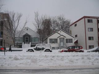 Photo 3: 9846 82 Avenue in Edmonton: Zone 15 House for sale : MLS®# E4140457