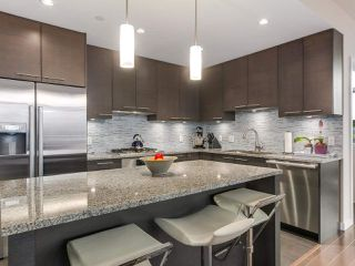 "Photo 7: 301 6168 WILSON Avenue in Burnaby: Metrotown Condo for sale in ""JEWEL II"" (Burnaby South)  : MLS®# R2334689"