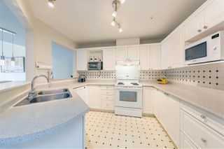Photo 4: 417 2970 PRINCESS Crescent in Coquitlam: Canyon Springs Condo for sale : MLS®# R2334785