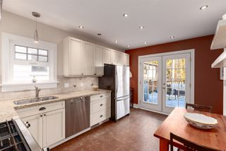 Photo 4: 327 W 22ND Avenue in Vancouver: Cambie House for sale (Vancouver West)  : MLS®# R2336067