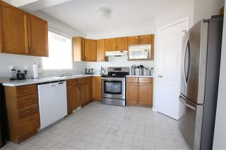 Photo 4: 327 RIVER Point in Edmonton: Zone 35 House for sale : MLS®# E4144488