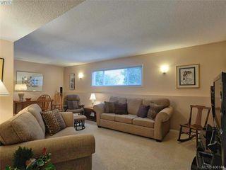Photo 4: 8015 Galbraith Close in SAANICHTON: CS Saanichton House for sale (Central Saanich)  : MLS®# 807106