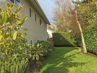 Photo 6: 8015 Galbraith Close in SAANICHTON: CS Saanichton House for sale (Central Saanich)  : MLS®# 807106