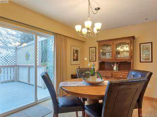 Photo 2: 8015 Galbraith Close in SAANICHTON: CS Saanichton House for sale (Central Saanich)  : MLS®# 807106