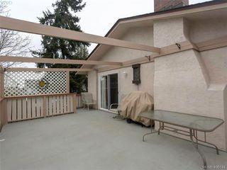 Photo 5: 8015 Galbraith Close in SAANICHTON: CS Saanichton House for sale (Central Saanich)  : MLS®# 807106
