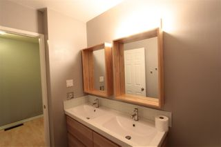 Photo 14: 5803 Riverbend Road in Edmonton: Zone 14 Townhouse for sale : MLS®# E4148541