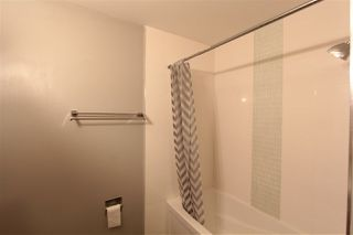 Photo 13: 5803 Riverbend Road in Edmonton: Zone 14 Townhouse for sale : MLS®# E4148541