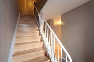Photo 7: 5803 Riverbend Road in Edmonton: Zone 14 Townhouse for sale : MLS®# E4148541