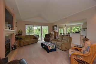 Photo 4: 5175 WESJAC Road in Madeira Park: Pender Harbour Egmont House for sale (Sunshine Coast)  : MLS®# R2356463