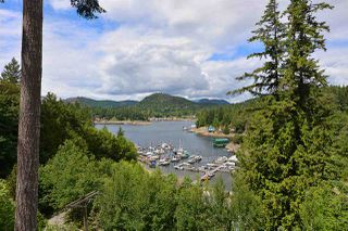 Photo 3: 5175 WESJAC Road in Madeira Park: Pender Harbour Egmont House for sale (Sunshine Coast)  : MLS®# R2356463